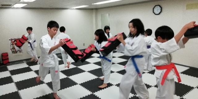 札幌 北海道 空手 アクロバットチーム